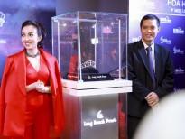 Cận cảnh hai Tiara trị giá gần 2 tỷ đồng cho 2 tân Á hậu của 'Miss Universe Vietnam 2017'
