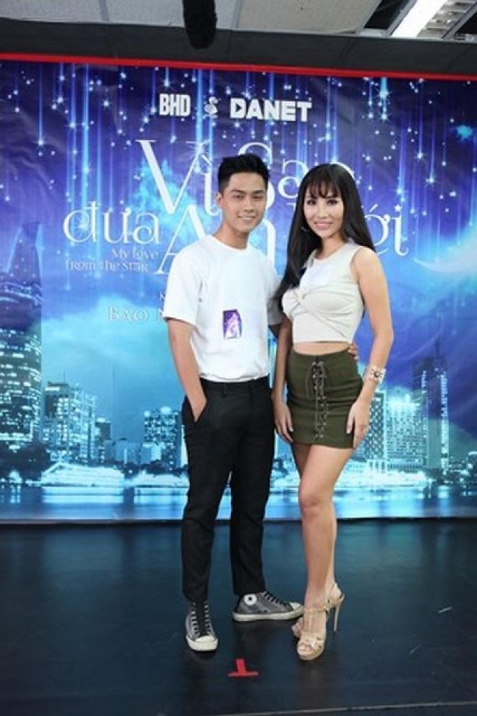a hau kiko chan tan trang nhan sac tiep tuc chinh chien tai miss globe 2018