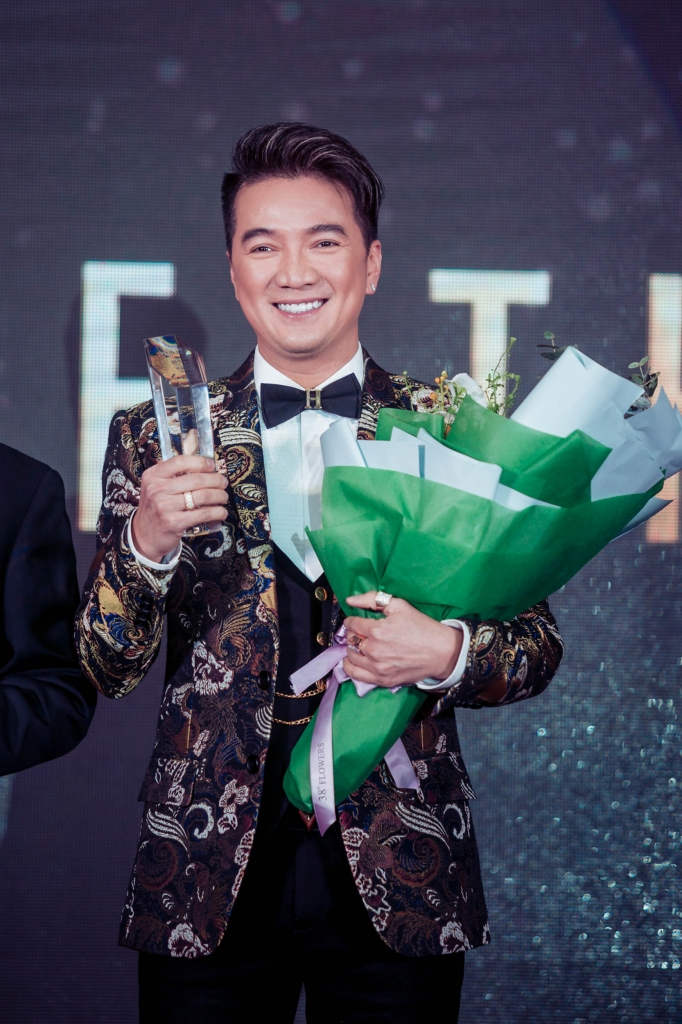 nguoi mo duong dam vinh hung duoc vinh danh pioneer of the year 2017