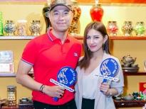 Quang Hòa và Emmy Nguyễn hội ngộ tại bữa tiệc đầu năm với món ăn đậm vị Hà thành