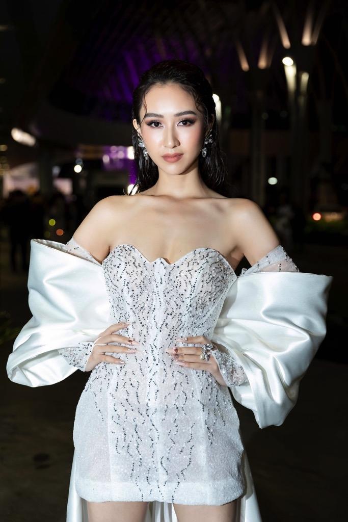 minh tu ha thu duong yen nhung tra ngoc hang nam anh do dang tren tham do wechoice awards 2019