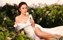 Ánh Linh gợi cảm trong bộ ảnh đón Xuân 2021