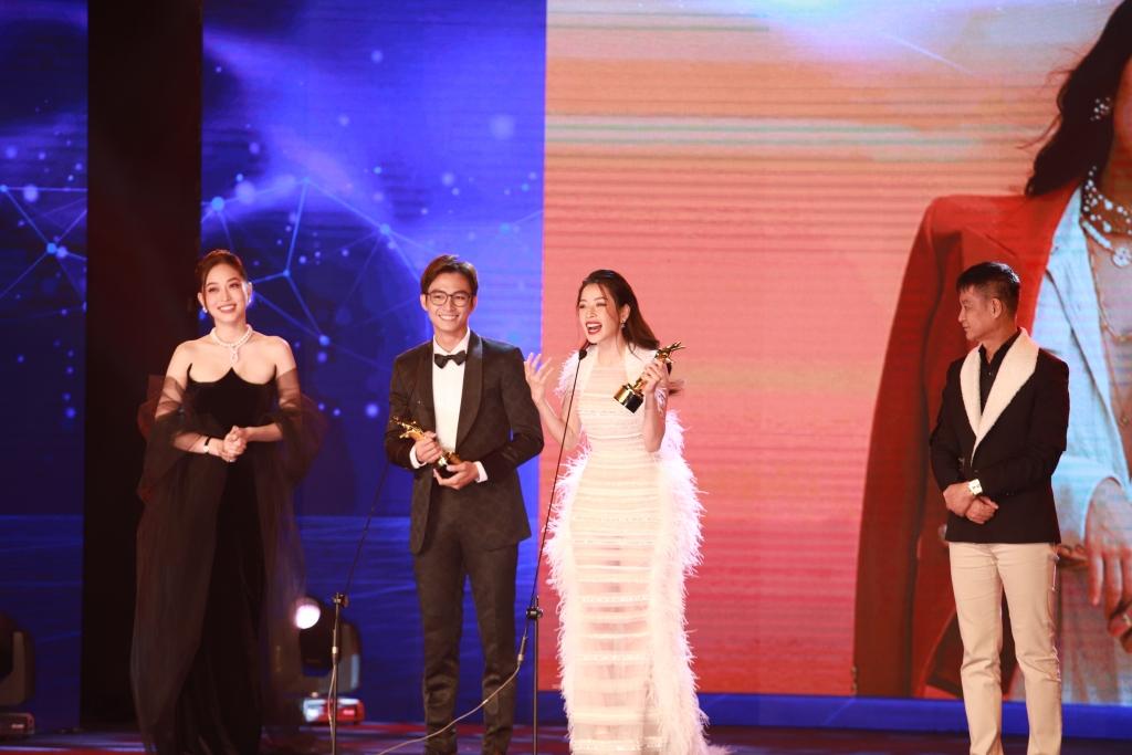 """Chi Pu xứng đáng nhận về giải thưởng Điện ảnh """"Nữ diễn viên Việt Nam được yêu thích nhất"""" sau vai diễn Bảo Nhi """"Chị chị em em""""."""