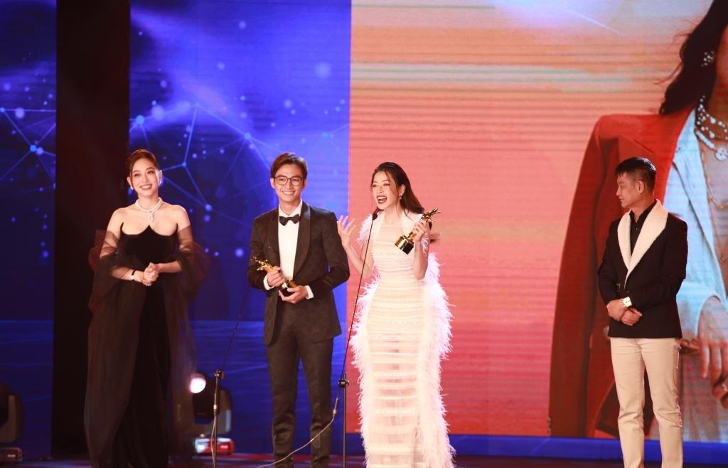 'Ngôi sao xanh 2020' đánh dấu mốc son mới của Chi Pu và loạt nghệ sĩ Việt ở hạng mục Điện ảnh, Truyền hình