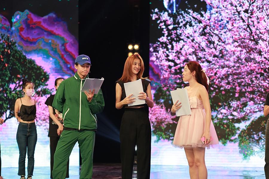 Hoa hậu Tiểu Vy bất ngờ rút khỏi chương trình Táo Xuân Tân Sửu tiết lộ lý do đặc biệt