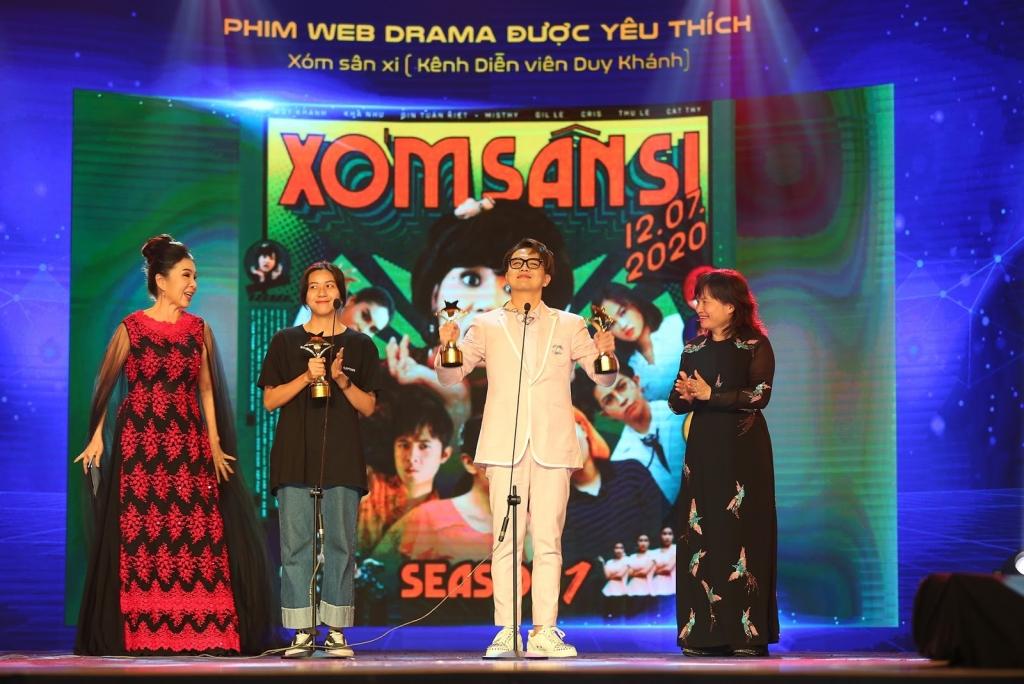 Xóm sân si – tác phẩm web drama của Duy Khánh mang về giải thưởng Phim web drama được yêu thích nhất do khán giả bình chọn