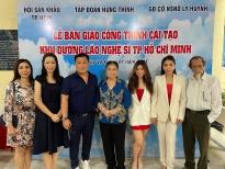 NSƯT Trịnh Kim Chi cùng gia đình cố NSND Lý Huỳnh làm lễ bàn giao công trình khu dưỡng lão nghệ sĩ