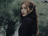 Ngân Nara 'chất lừ' khi vừa diễn vừa hát trong phim ngắn tương tác lần đầu tiên tại Việt Nam