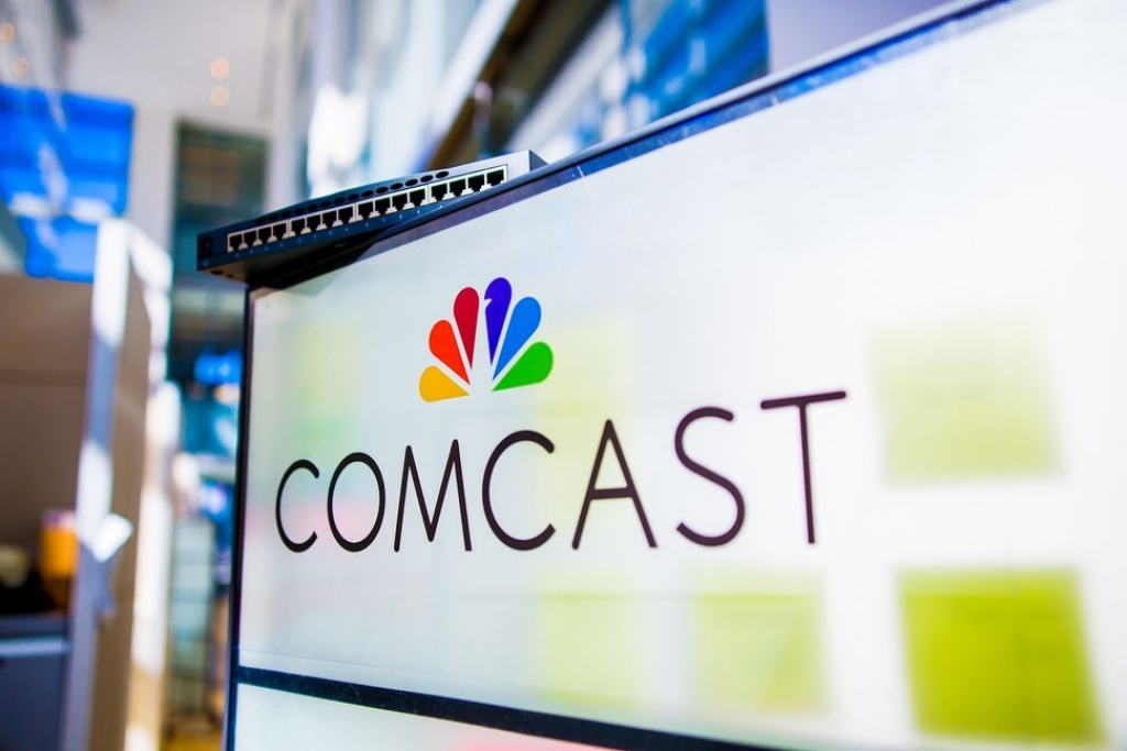 comcast bo 31 ti usd tranh mua sky news voi 21st century fox