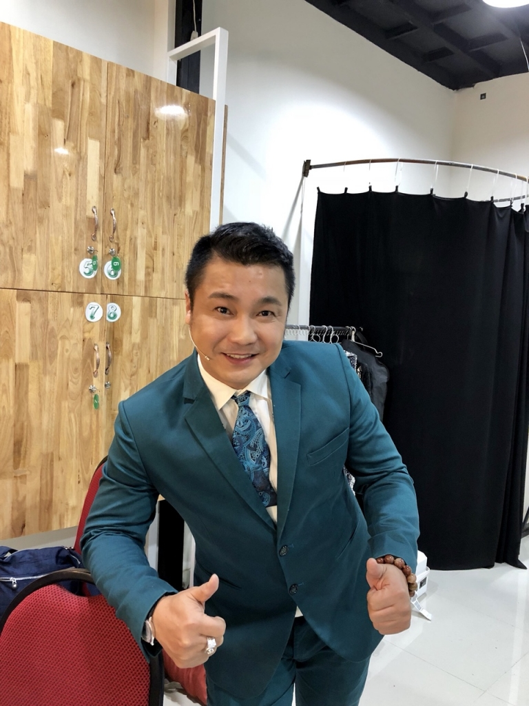 nam nghe si viet day la nguoi phu nu toi can