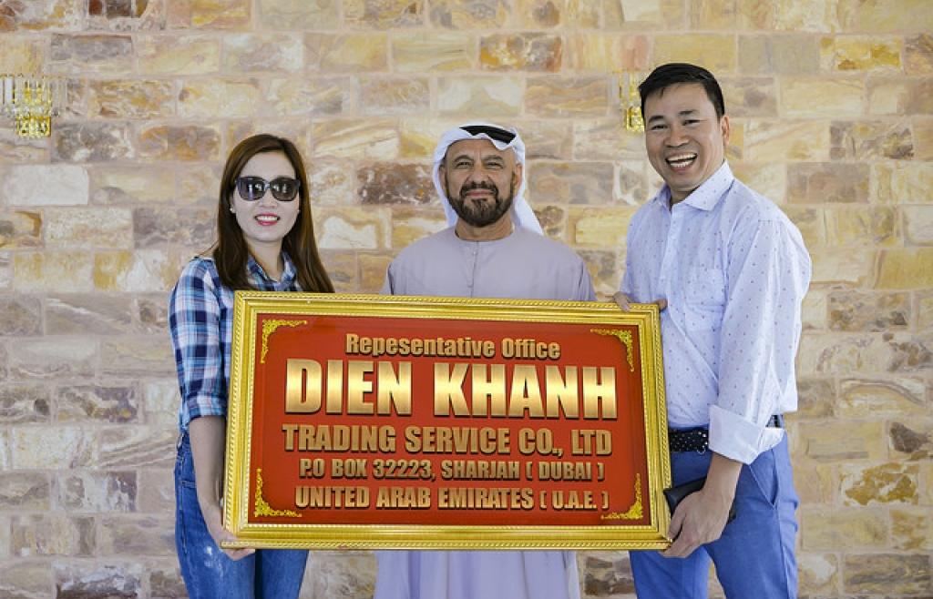 Ca sĩ Michael Lang bất ngờ mở văn phòng đại diện công ty Diên Khánh tại Dubai