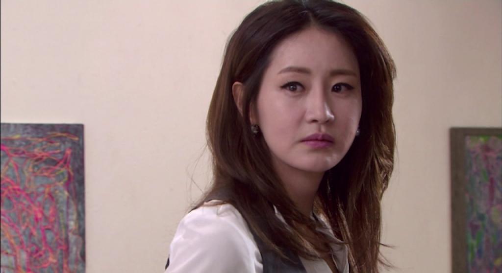am muu gia toc sau 2 nam mat tich han jung yeon bat ngo tro ve