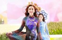 Hoa hậu châu Á thế giới Chi Nguyễn truyền tải nét đẹp của tà áo dài