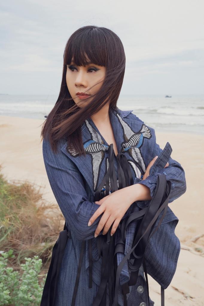 hoa hau hang nguyen dien do country rock do chinh minh thiet ke