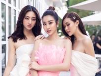Hoa hậu Mỹ Linh hóa hồng hạc, Lương Thùy Linh cùng Tường San khoe vai trần gợi cảm