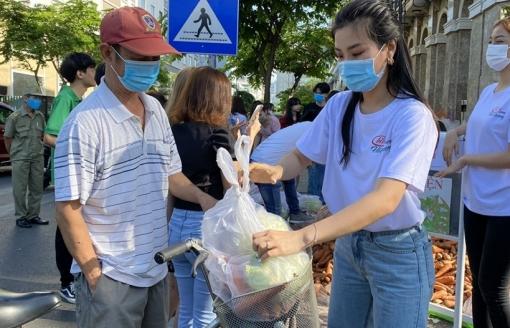 Á hậu Phương Anh, Kiều Loan, Diễm Trang, Thúy Vi chung tay giải cứu nông sản Hải Dương