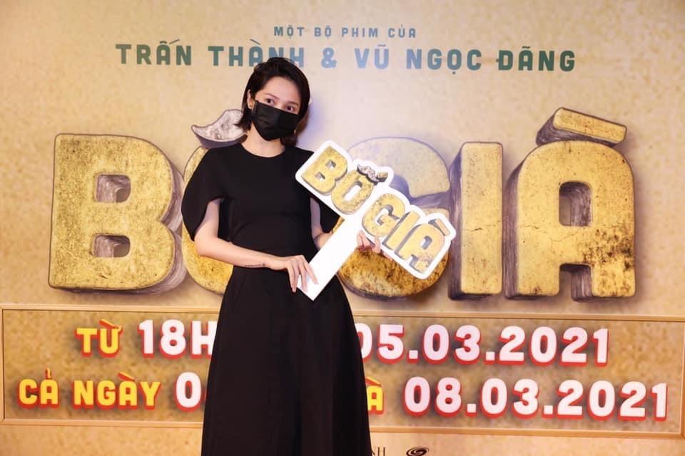 Dàn sao Việt 'khủng' hội tụ tại 'Bố già': Hà Hồ lộ bụng 'ngấn mỡ', 'Voi biển' Trương Thế Vinh & Thúy Ngân không đứng cùng khuôn hình