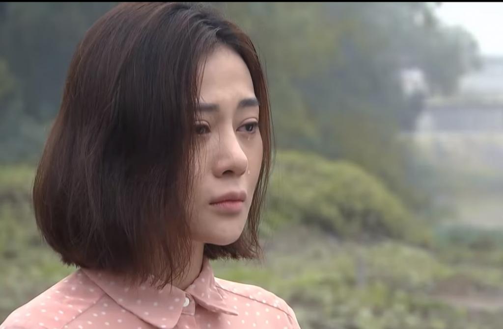 """5 nữ diễn viên khiến khán giả """"khóc sưng mắt"""" trên màn ảnh Việt"""