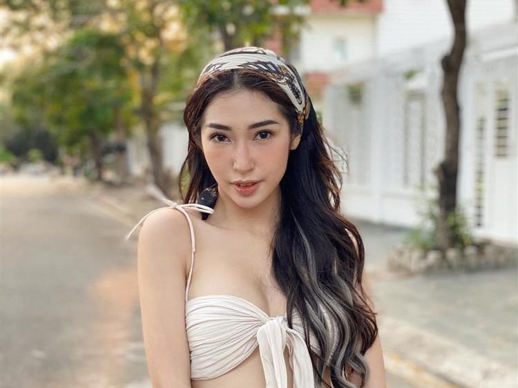 Hậu chia tay Ngô Kiến Huy, 'nàng dâu' Khổng Tú Quỳnh bất ngờ báo 'tin vui'