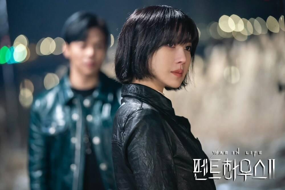 Rating phim 'Penthouse 2' vẫn giảm mặc dù bà cả Shim Soo Ryeon lộ diện