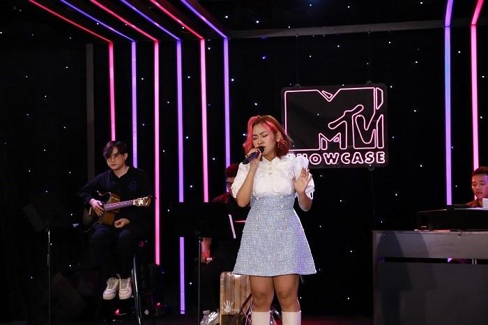 'MTV Showcase' - Mãn nhãn với màn live đi vào lòng người của 'Hoàng tử tình ca' Tăng Phúc