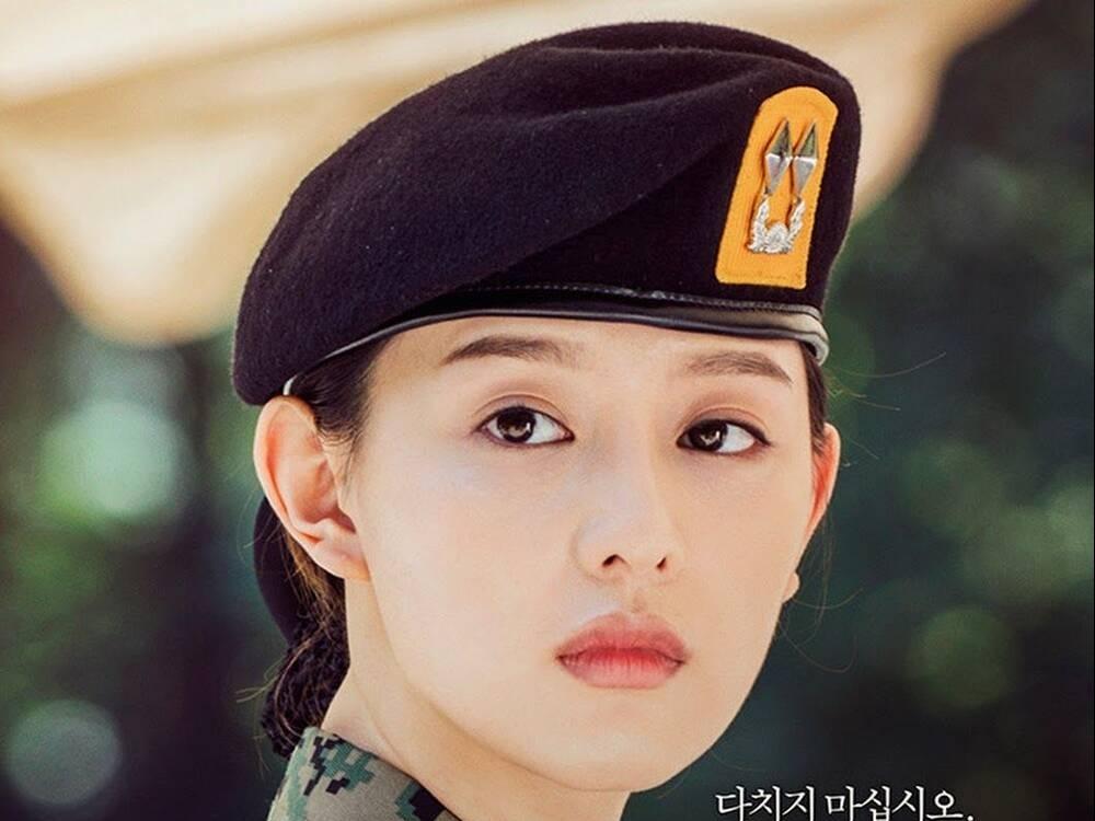 Điểm mặt những nữ phụ màn ảnh Hàn, chỉ nghe qua nữ chính đã 'bức bối'