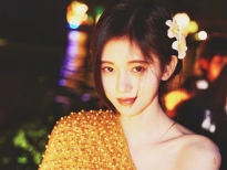 Cúc Tịnh Y 'gây bão' trong bộ ảnh mới, fans Việt chê 'thường thôi'