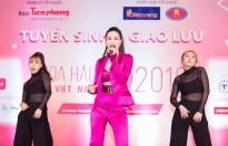 Đông Nhi cùng học trò Uni5 'đốt cháy' sân khấu tại tour quảng bá 'Hoa hậu Việt Nam 2018'