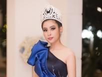 hoa hau ly thien nuong lam giam khao cuoc thi beauty award