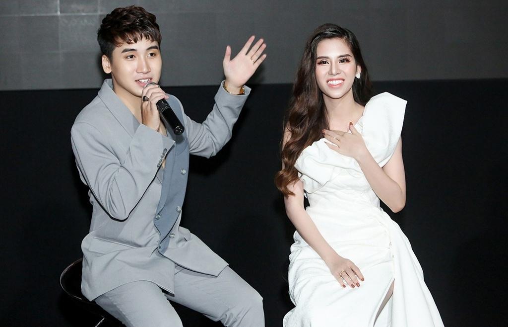 'Hot đốt nhà' Vlogger Huy Cung bất ngờ ly hôn?