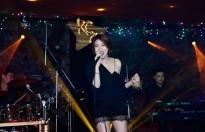 Pha Lê ngọt ngào hát tặng bạn trai trong minishow