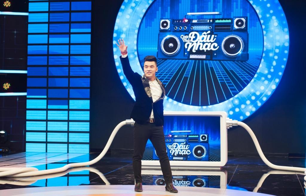 Dàn nghệ sĩ 'Thế giới V-Pop' một thời hội ngộ trên sân khấu 'Cao thủ đấu nhạc' tập 11