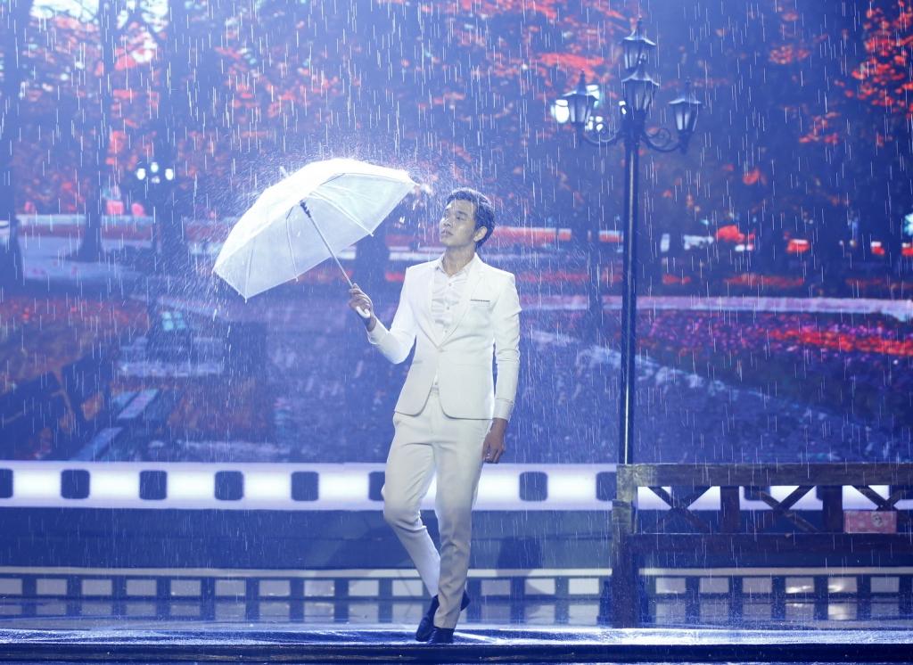 top 12 guong mat dien anh 2018 gay an tuong voi cac tai le