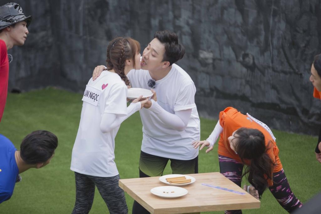 chay di cho chi tap 9 tran thanh ke moi lan ngoc hari won phan ung bat ngo