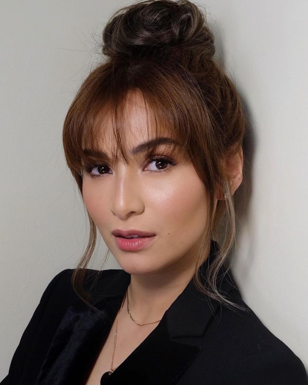 Cập nhật tình hình dịch Covid-19 ở Philippines thông qua mỹ nhân phim 'Vì sao đưa anh tới' - Jennylyn Mercado