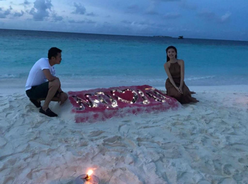ngoc duyen to chuc sinh nhat cho ban trai dai gia o maldives