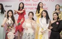 khong chi xinh dep dan thi sinh phia bac hoa hau viet nam 2018 con vo cung tu tin va tai nang
