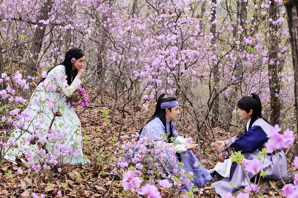 khi nha vua yeu cua yoona im si wan va hong jong hyun phat song tai viet nam