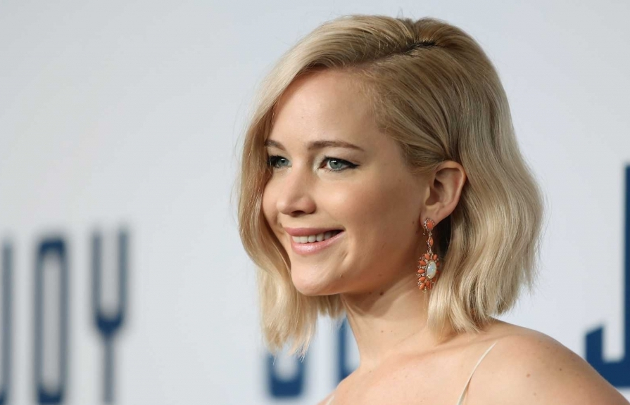 jennifer lawrence lam qui co mafia trong mob girl