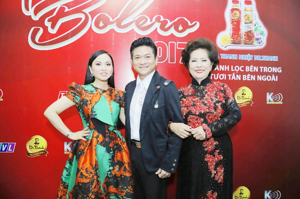 ha phuong manh dinh cung ngoi ghe nong tinh bolero 2017