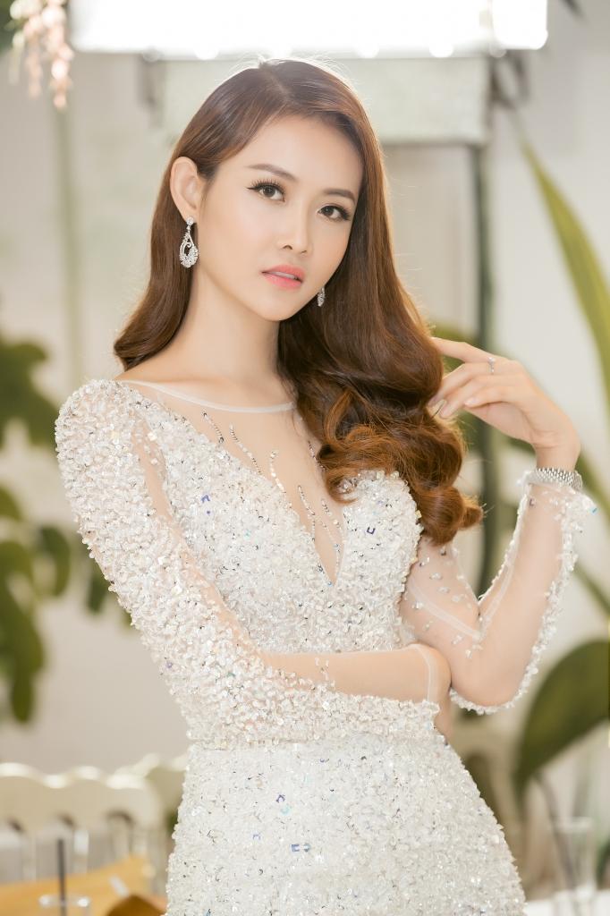 cong bo top 15 miss supranational vietnam 2018