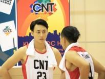 Hé lộ loạt ảnh 'nam thần bóng rổ' đẹp trai của Rocker Nguyễn trên phim trường Glee V