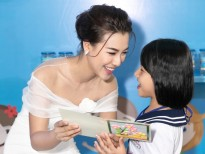 Á hậu Hoàng Oanh kêu gọi người đỡ đầu cho gần 3.000 trẻ mồ côi