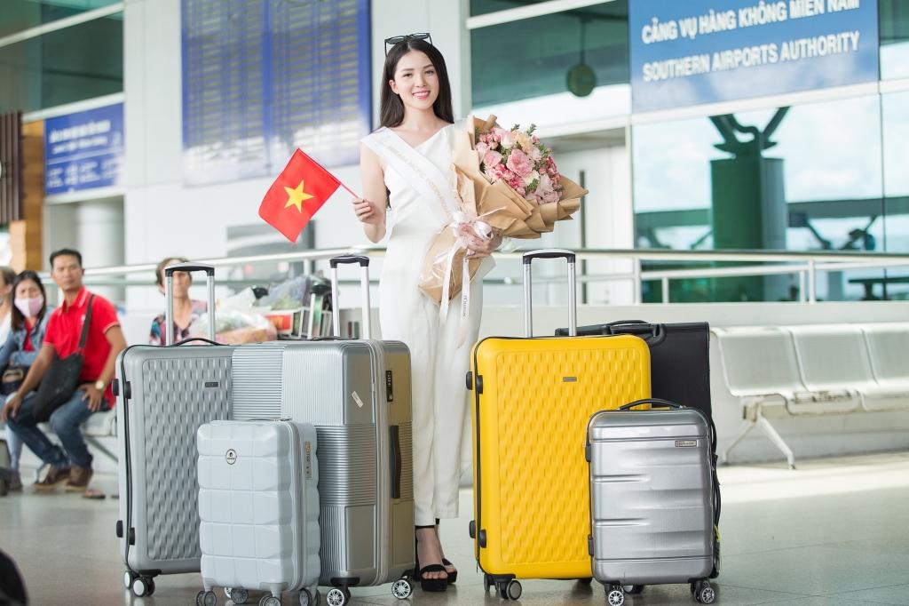 hoa khoi thuy vi mang 145kg hanh ly len duong chinh chien tai hoa hau chau a thai binh duong