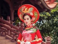 Á hậu Thanh Trang diện áo dài lấy ý tưởng từ hoa sen, long phụng của NTK Tommy Nguyễn