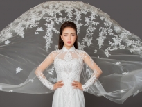 'Cô Hiểm' Lê Bê La xinh đẹp rạng ngời khi mặc váy cô dâu