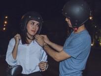 Văn Anh tình tứ 'đèo' Tú Vi đi ghi hình bằng xe máy