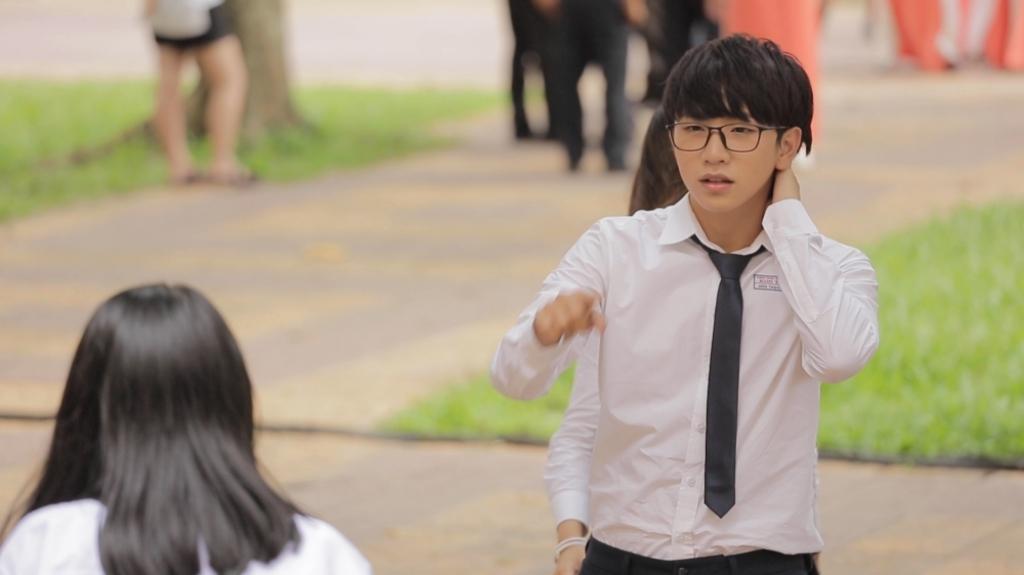 tung maru va mai ngo lan dau tien lam giang vien vu dao cho hon 150 hoc sinh tinh kon tum