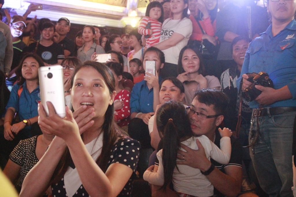 chuong trinh chieu phim ngoai troi haniff 2018 khan gia ha noi an phim da thay no