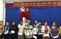 BTC 'Hoa hậu Việt Nam 2020' trao tặng hơn 200 triệu cho người dân gặp nạn tại Huế